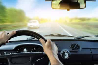 Đừng mắc 5 sai lầm nghiêm trọng sau khi đi ôtô dưới trời nắng nóng